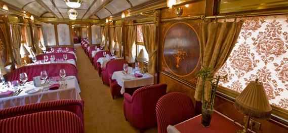 El tren turístico 'Al Andalus' viajará en los meses de verano a Santiago de Compostela desde Madrid.