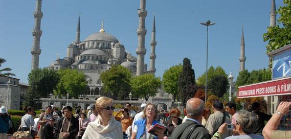 La llegada de turistas a Turquía bajó un 40%